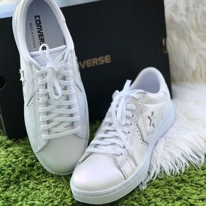 NWT Converse 🔥 Pro Leather LP OX Arctic Fire